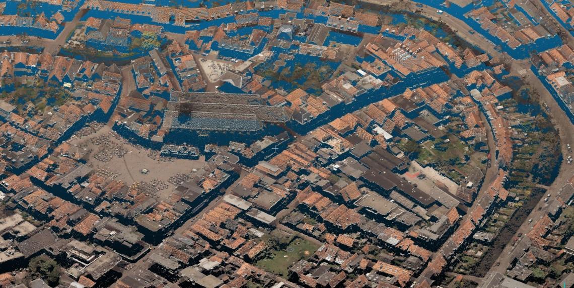 Puntenwolk uit luchtfoto Amersfoort